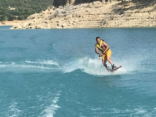 WAKEBOARD / WATER SKIING