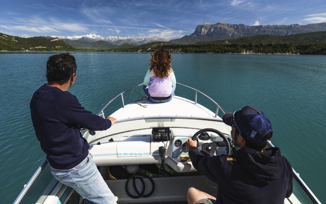 T-T Aventura barco embalse Mediano
